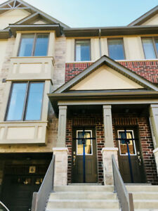 3BR/3WR Brand New Townhouse in Ancaster