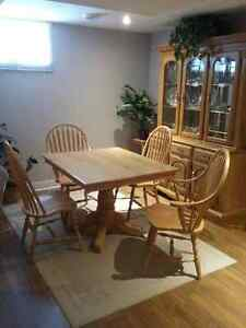 Table and 4 chairs & buffet and hutch Kingston Kingston Area image 1