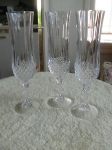 THREE MATCHING VERY ELEGANT VINTAGE LEADED CRYSTAL STEMWARE
