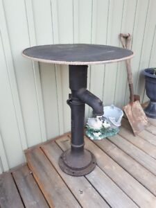 Antique pump table
