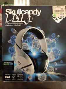 Skullcandy Wireless Gaming Headset with Microphone