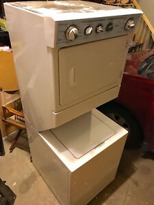 WHIRLPOOL Stacked Washer and Dryer- ORIGINAL PRICE $1300 Strathcona County Edmonton Area image 5