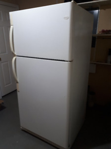 21.7 Cu. Ft. Frigidaire Fridge/Freezer