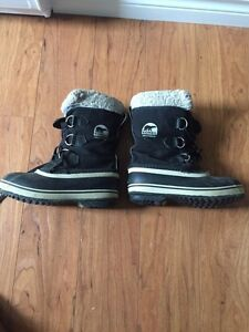 Reduced - Boys Sorel waterproof boots - size 2