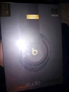 Beats studio 3 wireless brand new sealed.