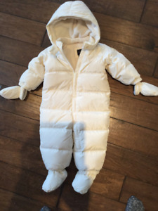Gap eco puffer down snowsuit 12-18 months