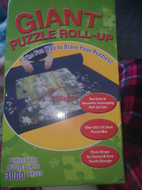 Giant puzzle roll up mat (jigsaw)