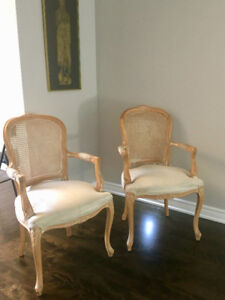 2 - USED ACCENT CHAIRS