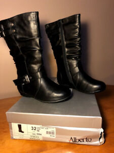 Kids Boots & Shoes (2/2)