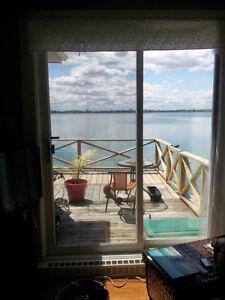 West-island cosy chic cottage/maison au bord de l'eau
