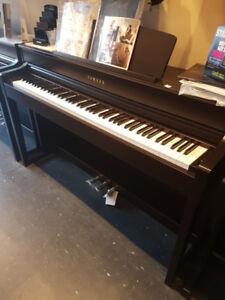 Yamaha clavinova floor model clp-645rosewood