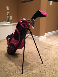 Junior Future-Links Golf Clubs with Bag