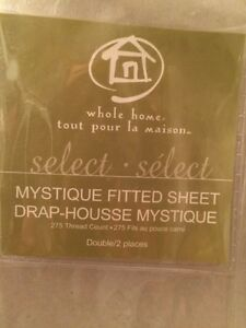 Sears Mystique Flat & Fitted Sheets, Double, White Kingston Kingston Area image 3