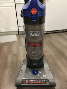 UPRIGHT VACUUM BY HOOVER