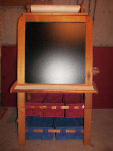 Wooden Kids Easel