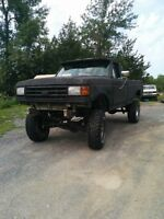 1985 f150 lifted big mud truck or daily driver 4x4 351w (windsor