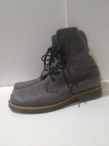 Roots Canada Women's Lace-up Boots Grey Tribe Leather Size 8.5