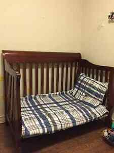 Crib in excellent condition