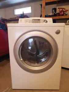 LG DLE5932W Dryer  - 7.3 qu/qu/ft white