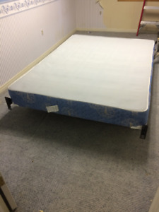 DOUBLE BOX SPRING WITH IRONS