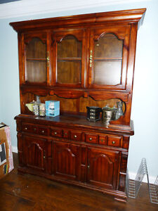 Solid Maple Dining Table and 6 Chairs with Buffet & Hutch Set