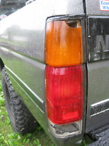 Wanted 1988-97 King Cab Rear L Light