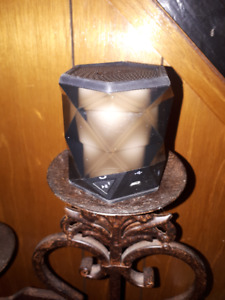 iHome Bluethooth color changing Speaker