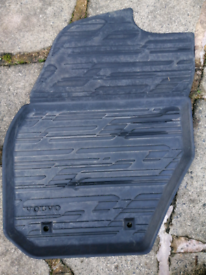 Genuine Volvo Rubber mats from 2016 Volvo V60 cross country