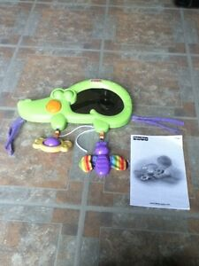 Fisher Price crib mirror musical crocodile in St Thomas