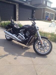 2008 Harley Davidson VRSC V-rod Custom with only 7000km!