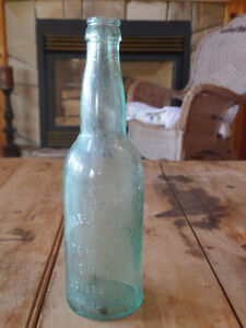2 old brewery bottles + 1 old pepsi bottle Sarnia Sarnia Area image 7