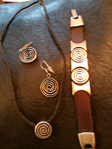 Modern leather and silver bracelet,  necklace and earrings