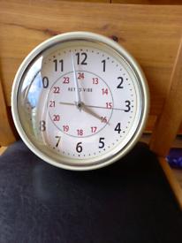 Retro Vibe kitchen clock