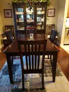 Dark table with 6 chairs,  Buffet/Lighted Hutch