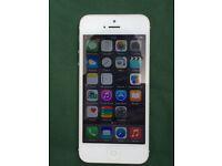 iPhone 5 white 16 GB any network ( unlocked ) 6476