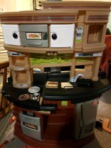 Excellent quality kitchen set