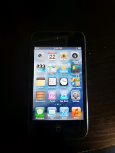 4th gen ipod touch. Black 32gb