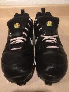 Men's Nike Softball Cleats Size 9 London Ontario image 5