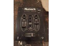 Numark DM905 used