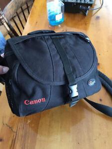 Sac Pour Caméra Canon/ Lowe Pro (EX 180)- 35$