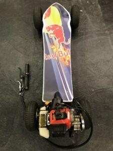 Votre Skate board à gaz RedBull