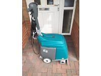 Tennant E5 Carpet Cleaner.