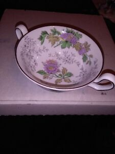 wedgwood- Avon dish set 38 pcs