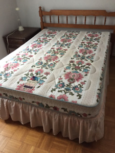 Matelas & Sommier ** Double ** Mattress & Boxspring
