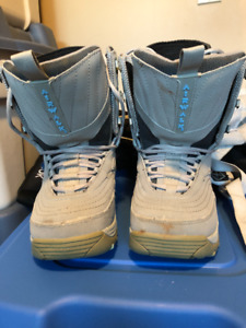 Mens Airwalk Snowboarding boats size 6