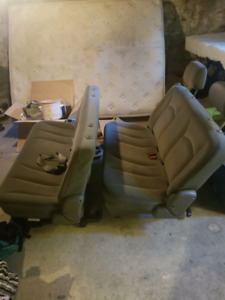 Back Seats - 2005 Dodge Grand Caravan *FREE*