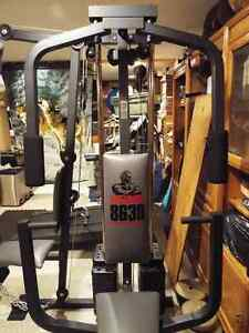 Weider 8630 Professional Universal Home Gym