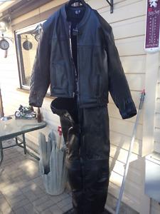 Two piece Komodo leathers like new