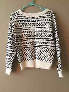 Moving sale! Aritzia Zara gap sweaters