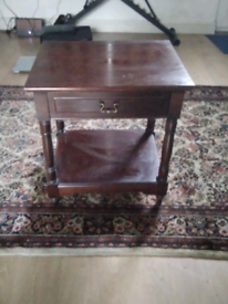 Soled wood side table with drawer